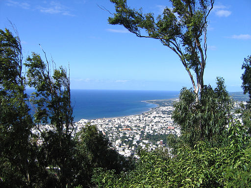 Location Villa La Reunion : maison bord de mer, maison avec piscine avec ARH Immobilier